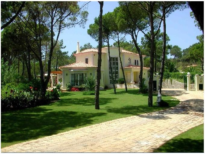 Luxury Algarve villa for sale Quinta do Lago close to Golf & Beaches