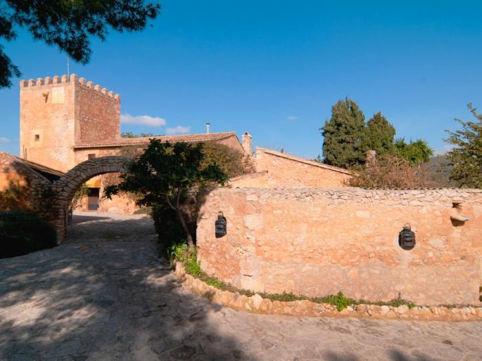 Country Estate for sale in Son Servera built in the 15th Century
