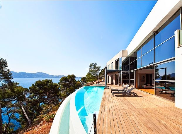 Exquisite Villa in exclusive position in Mallorca offering dazzling Sea Views