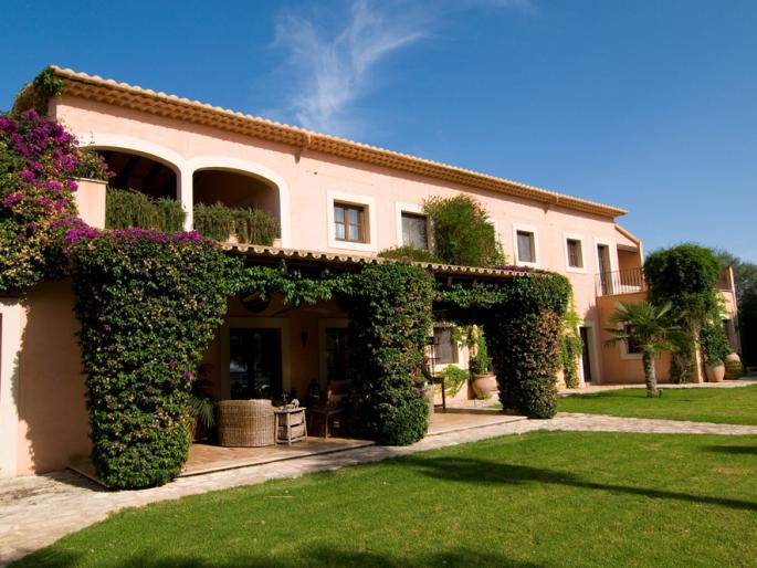 Luxury country house for sale in manacor mallorca for Can roca manacor