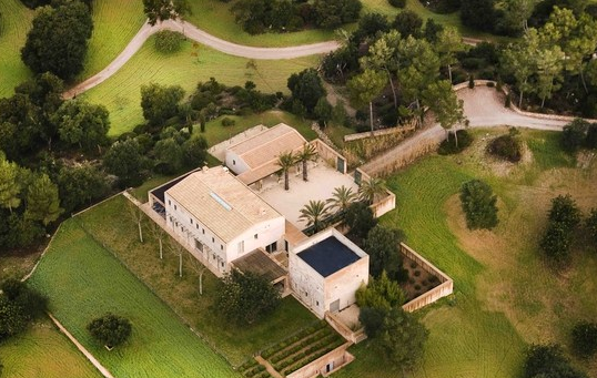 Luxury home for sale in tranquil setting with equestrian facilities in Arta, Mallorca