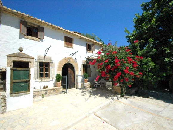 Mallorca finca and mill for sale in Pollensa with potential for holiday lettings