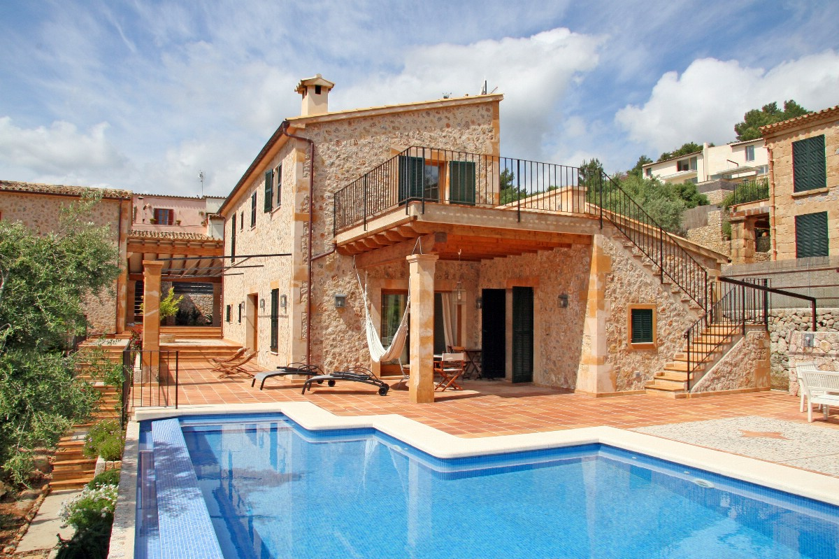 Recently built luxury town villa for sale, close to Calvario in Pollensa Old Town, Mallorca