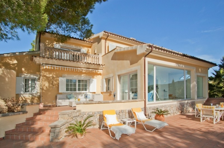 Luxury property for sale in Puerto Andratx with harbour views